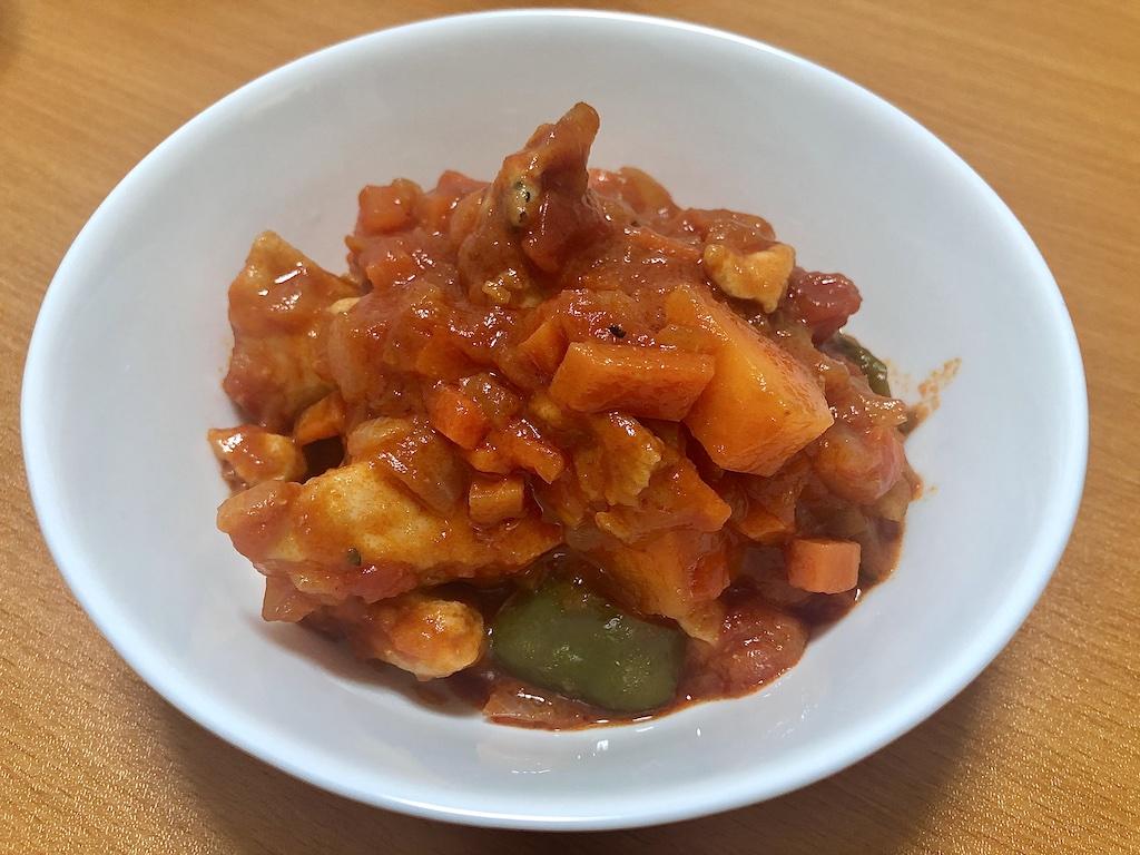 トマト缶で適当に作る「鶏むね肉のトマト煮込み」